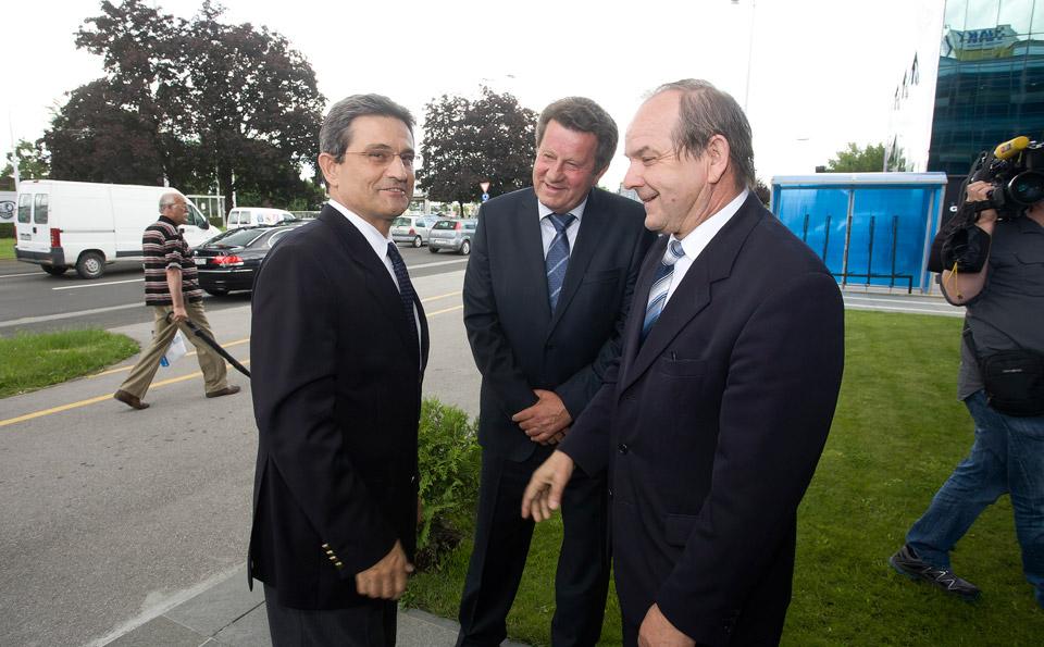 Predsjednika Hrvatskog sabora, g. Borisa Šprema ispred zgrade HAK-a dočekali su predsjednik HAK-a, g. Slavko Tušek i zamjenik predsjednika HAK-a, dr. sc. Marijan Ćurković