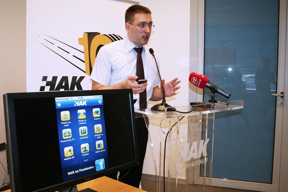 Goran Baotić iz HAK-a predstavlja aplikaciju (2)