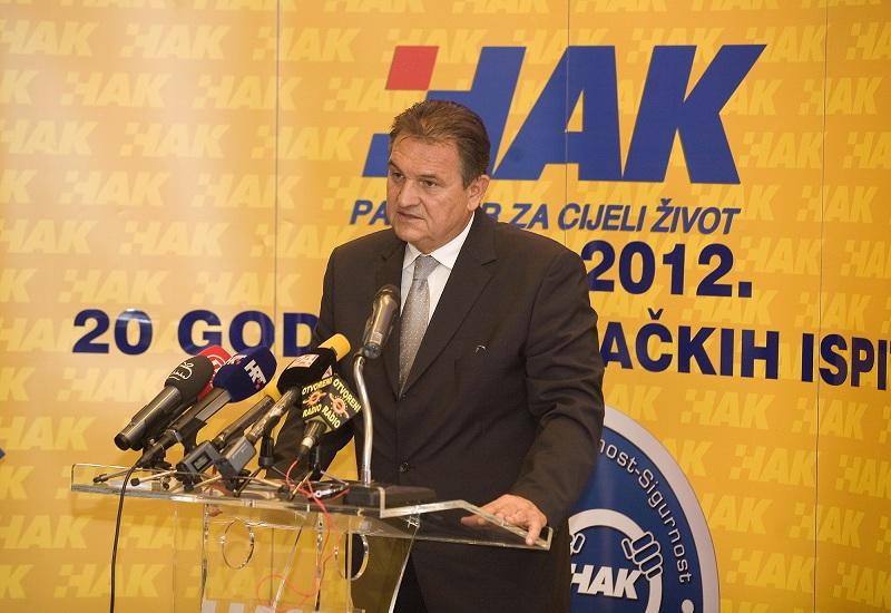 Prvi potpredsjednik Vlade RH, g. Radimir Čačić u HAK-u (1)