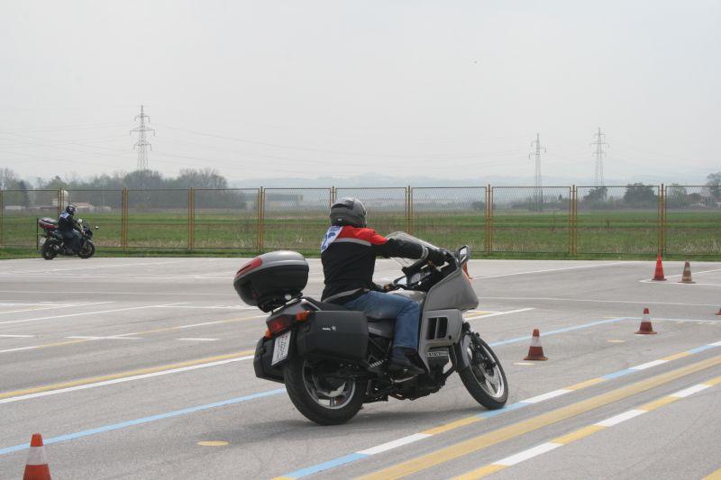 Odlično znanje u praktičnom dijelu vožnje pokazali su i članovi moto udruga
