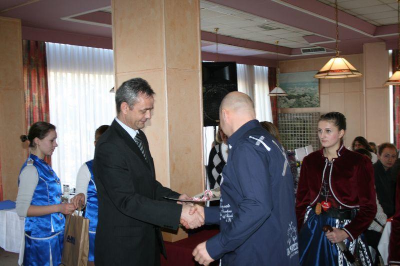 Župan Koprivničko-križevačke županije Darko Koren se također odazvao pozivu domaćina i podijelio nagrade