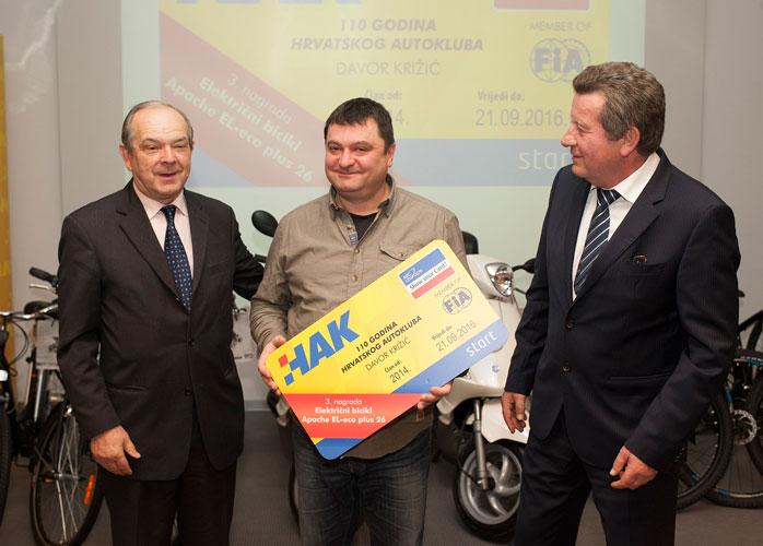 Dobitnik treće nagrade Davor Križić