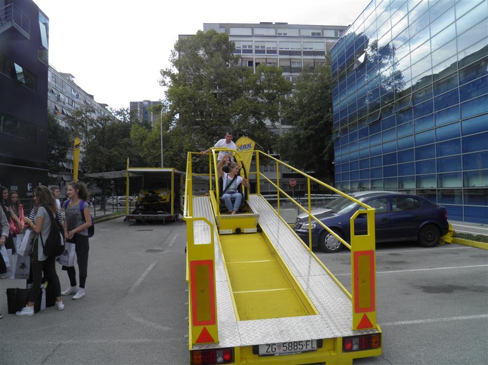 Europski tjedan mobilnosti - 2016 - Učenici na simulatoru sudara