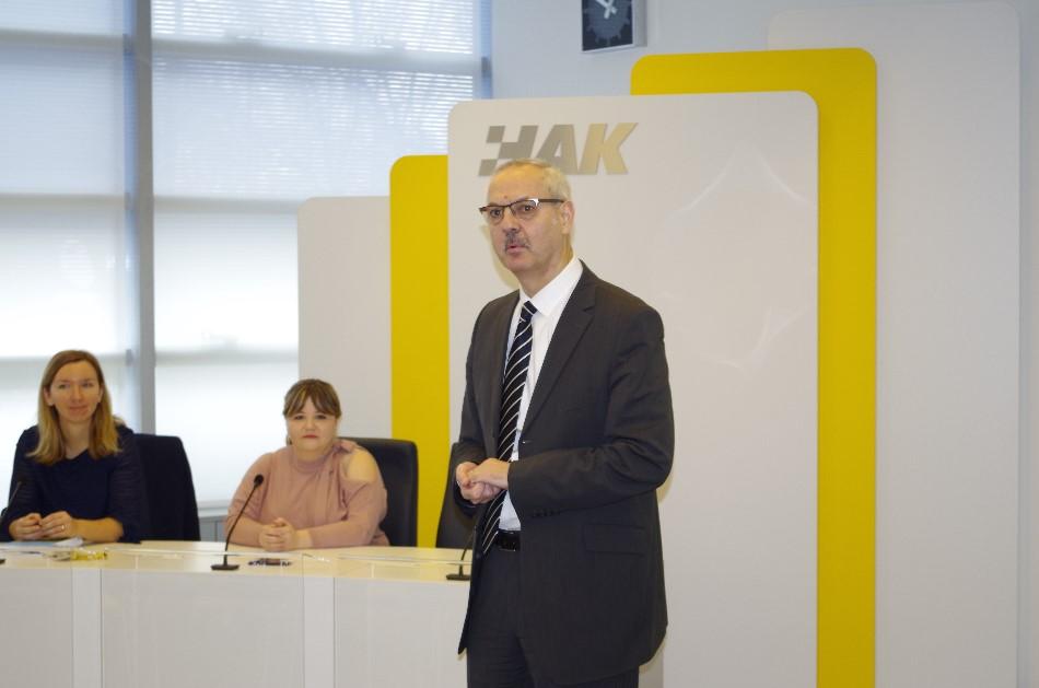 Seminar za djelatnike HAK-a i AK-a