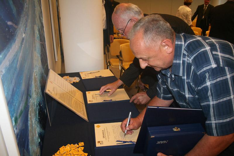 Sudionici su potpisivali Deklaraciju o desetljeću sigurnosti prometa