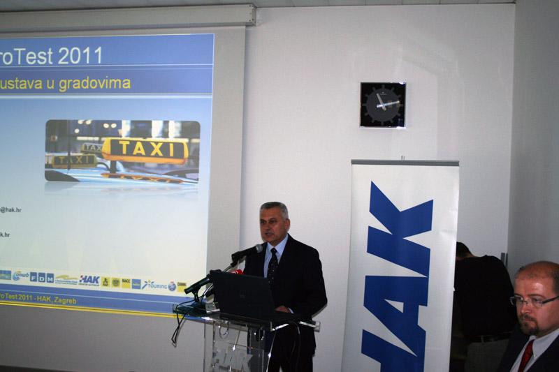 Predsjednik Hrvatskog autokluba Ivo Bikić
