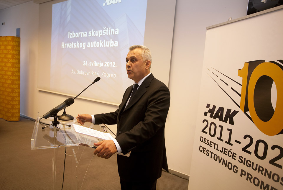Predsjednik HAK-a, g. Ivo Bikić obraća se Skupštini