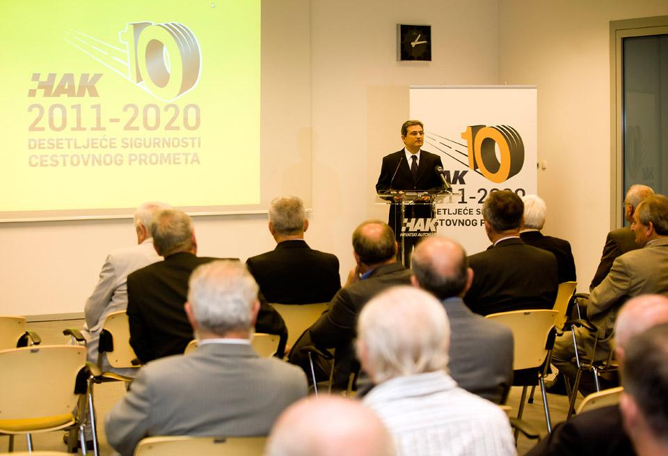 Predsjednik Hrvatskog sabora, g. Boris Šprem u obraćanju prisutnima tijekom svečanog obilježavanja Dana HAK-a (2)