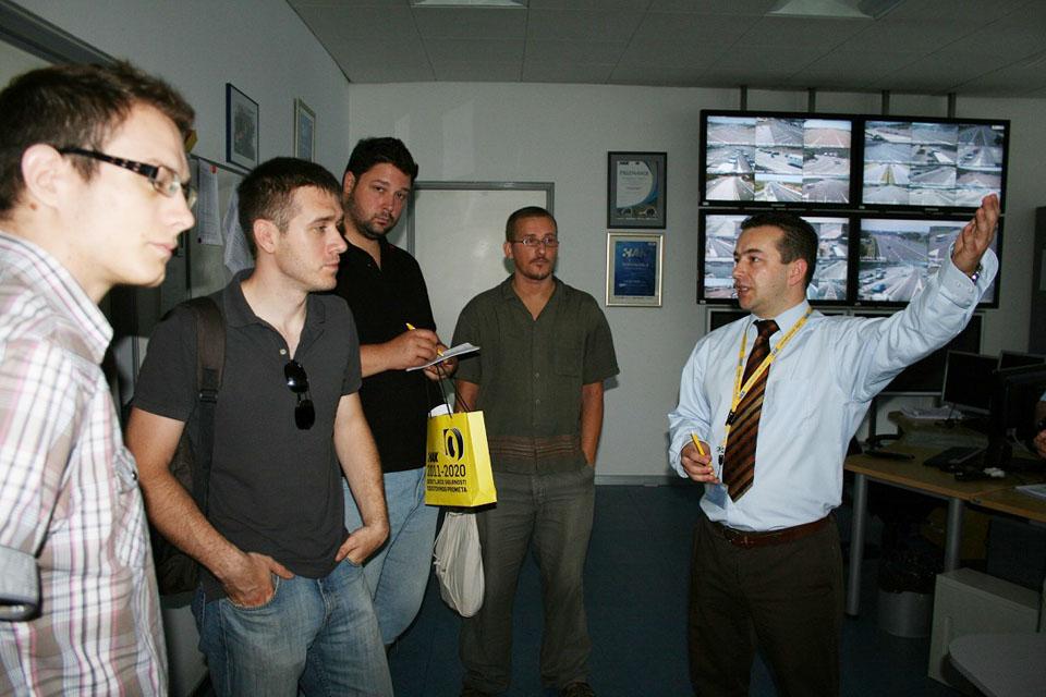 Novinari i drugi gosti u Kontaktnom centru HAK-a