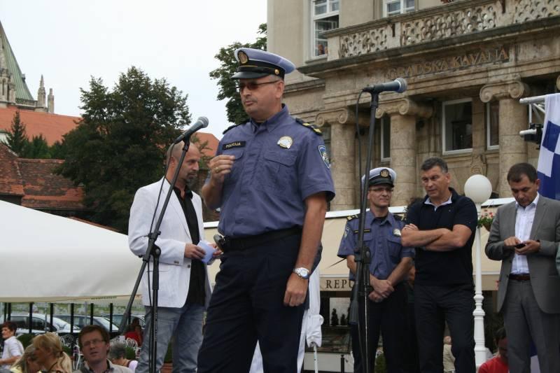 Načelnik Odjela za sigurnost cestovnog prometa PUZ-a Dragan Tokić