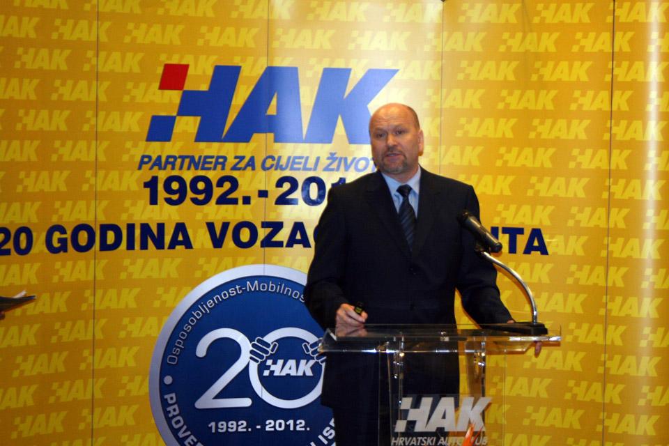 Rukovoditelj Sektora za vozače HAK-a, g. Sinan Alispahić u obraćanju okupljenima na svečanosti