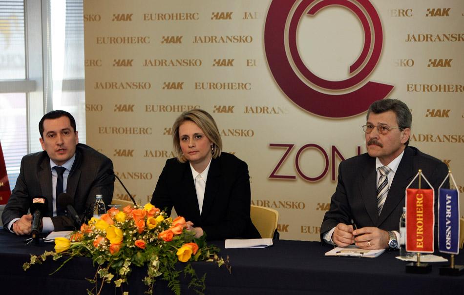 G. Nino Pavić, direktor Sektora prodaje Jadranskog osiguranja, gđa Anđelka Braica, direktorica Sektora prodaje Euroherc osiguranja i mr. sc. Nenad Zuber, rukovoditelj Sektora članstva u HAK-u