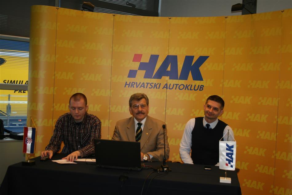 Tomislav Štefanek (HAK), Nenad Zuber(HAK) i Davor Pasarić iz tvrtke Kreativni odjel