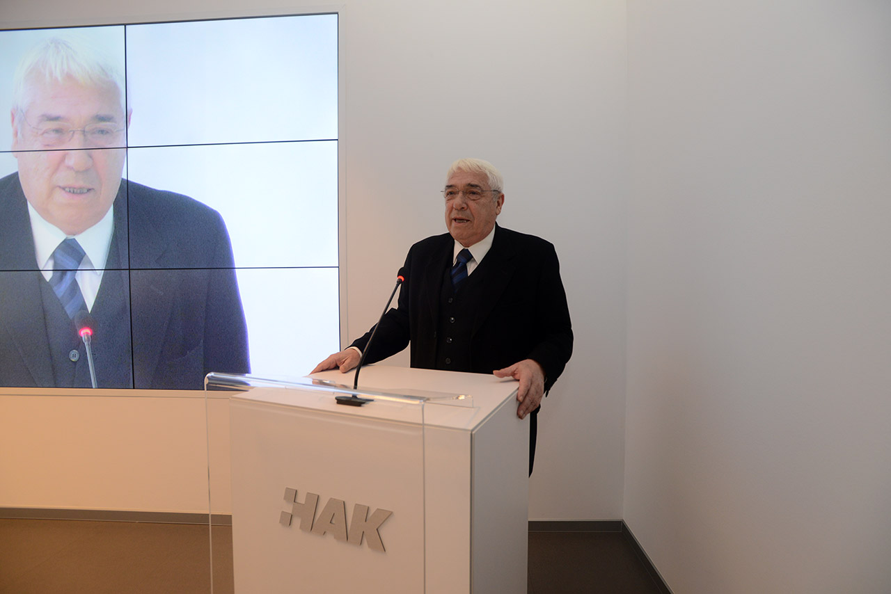 Bivši predsjednik HAK-a, dr. sc. Antun Vujić, u obraćanju nazočnima