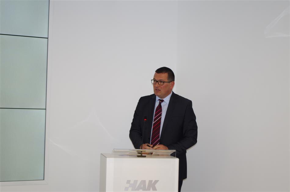 Mile Perić, tajnik AK Rijeka