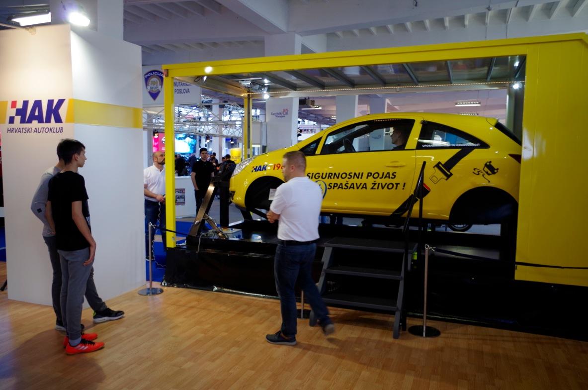 Predsjednik HAK-a Slavko Tušek posjetio štand HAK-a na ZG Auto Showu