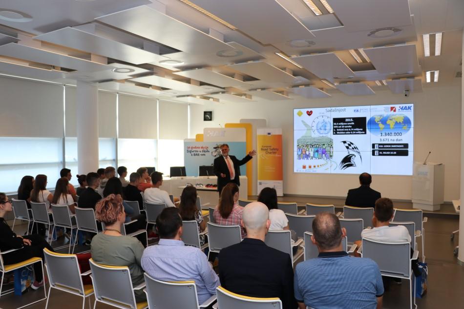 Mr.sc. Krešimir Viduka prezentirao je prometno edukativni program