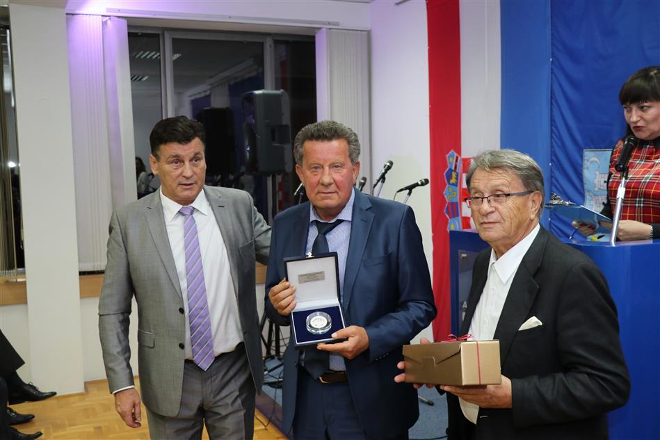Predsjednik Autokluba Siget dr. sc. Damir Škaro,  Predsjednik Hrvatskog autokluba Slavko Tušek i Miroslav Ćiro Blažević