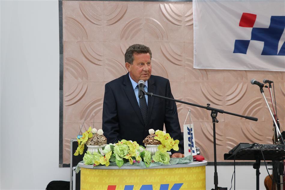 Predsjednik HAK-a Slavko Tušek na obljetnici AK Nova Gradiška