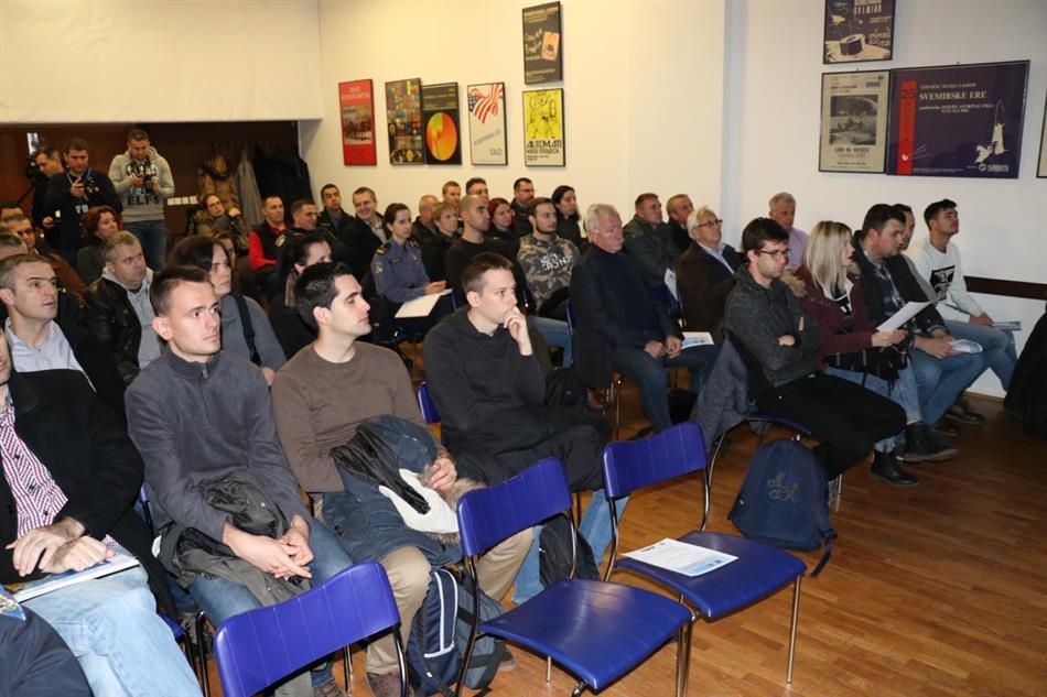 Hrvatski autoklub obilježava Svjetski dan sjećanja na žrtve cestovnog prometa