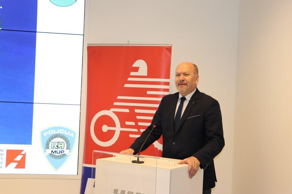 Pomoćnik Glavnog tajnika Hrvatskog autokluba dr. sc. Sinan Alispahić
