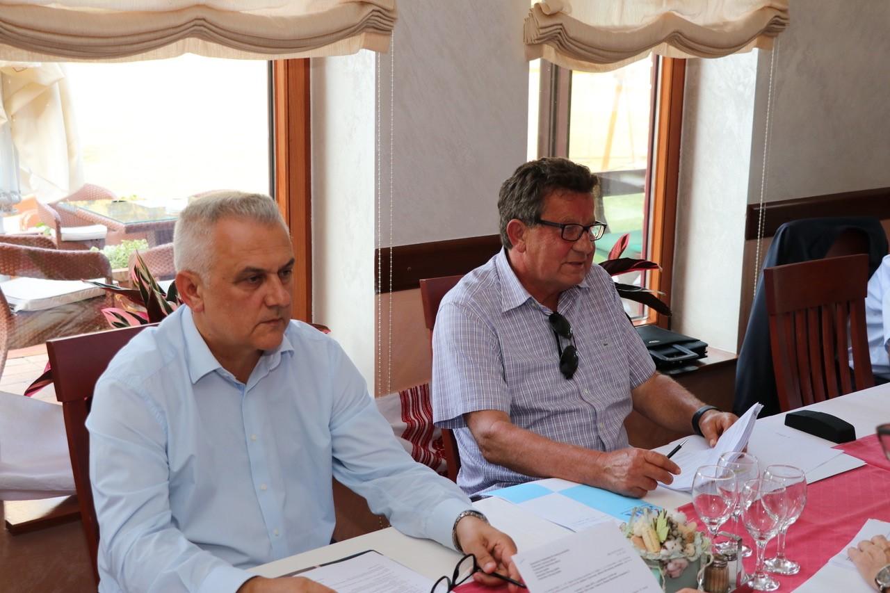(slijeva) Zamjenik Predsjednika HAK-a Ivo Bikić i Predsjednik HAK-a Slavko Tušek