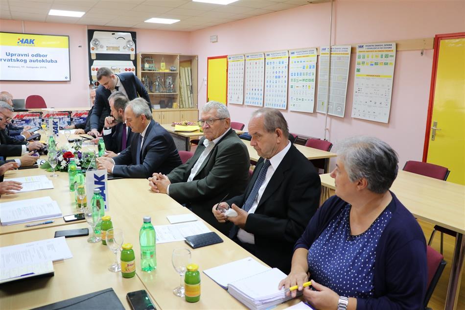 Sjednica Upravnog odbora Hrvatskog autokluba održana u Križevcima