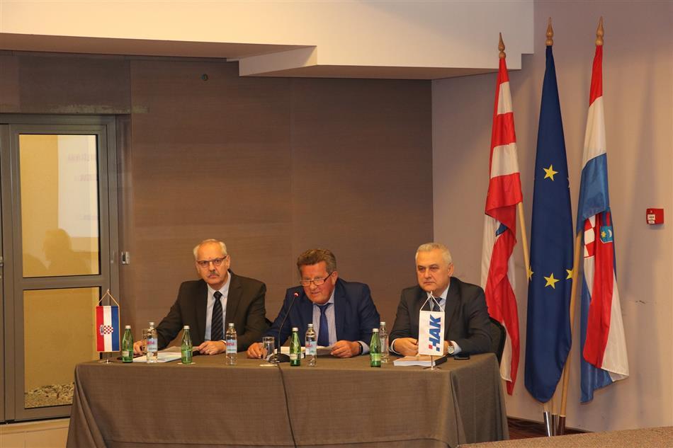 Sastanak predsjednika i tajnika temeljnih autoklubova u Trakošćanu
