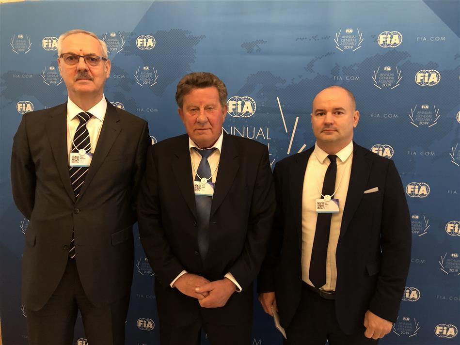 Predsjednik Hrvatskog autokluba Slavko Tušek na Skupštini FIA-e