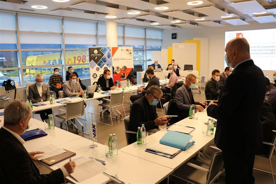 Pomoćnik Glavnog tajnika HAK-a dr sc Sinan Alispahić na sastanku