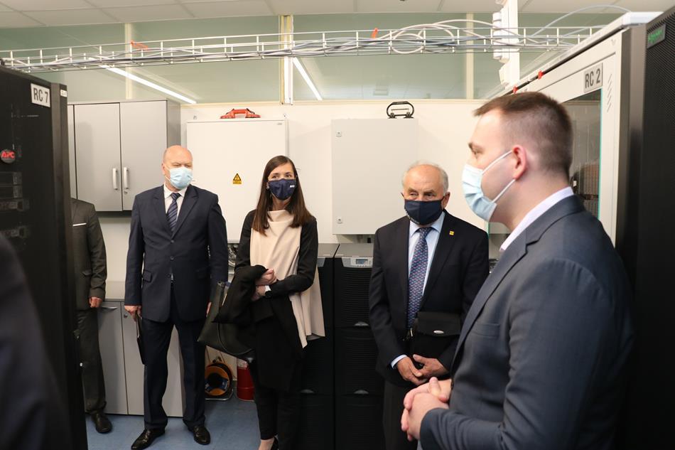 Delegacija slovenskog autokluba AMZS posjetila HAK