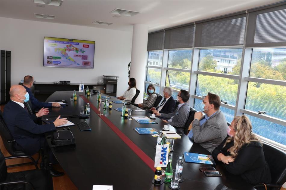 Predsjednik Hrvatskog gospodarskog saveza u Njemačkoj i predstavnici  gradskog prijevoza njemačkog grada Mainza posjetili su HAK