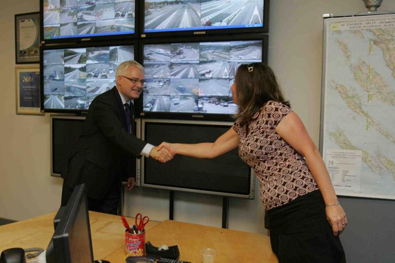 Predsjednik RH, dr. Ivo Josipović u posjetu Kontaktnom i informativnom centru HAK-a